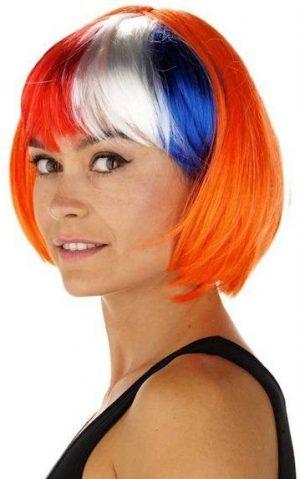 Rood, wit, blauw met oranje pruik