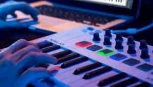 Top 5 midi keyboards USB voor een laag budget