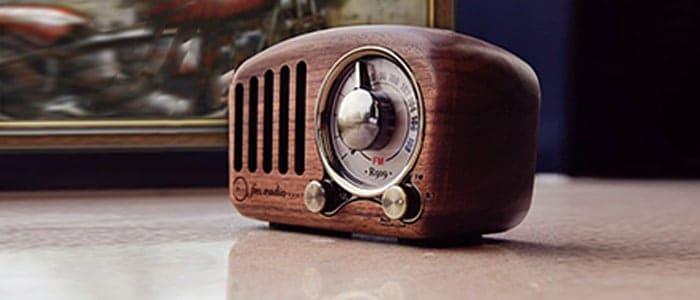 Bluetooth vintage retro speakers
